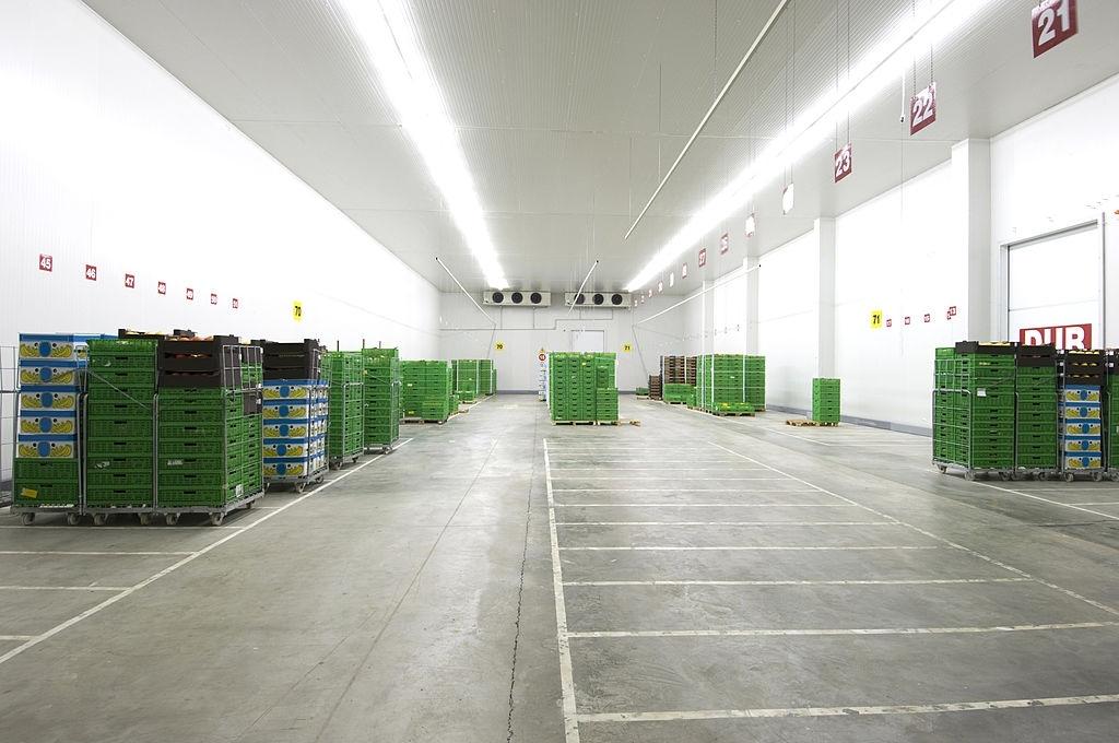 fruits cold storage